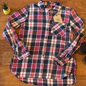 Plaid true craft Top... new with TAGS